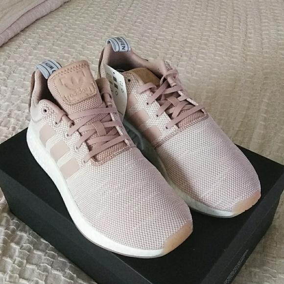 4a89ff391 Sale !! Adidas NMD R2 W